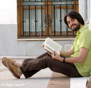 profile view of Andrés Neuman